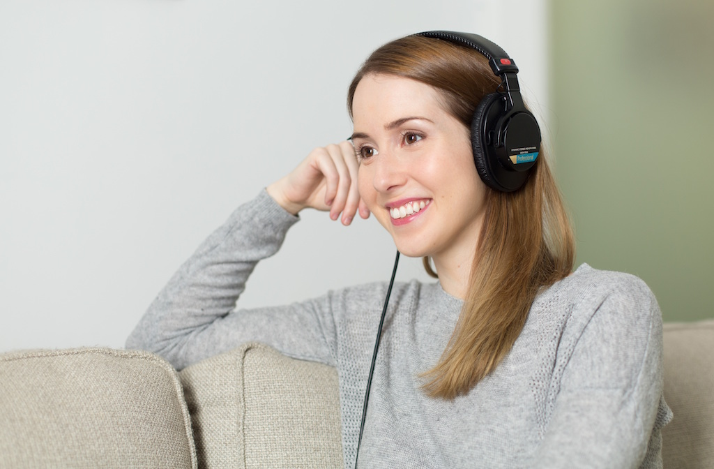 pexels woman-girl-headphones-music